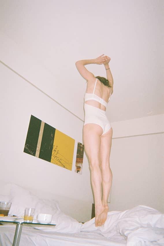 Ariadna Montfort Body Mia 017