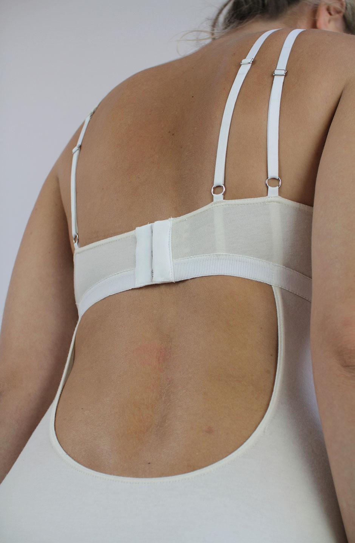 talk under light (Cercle) organic cotton bodysuit