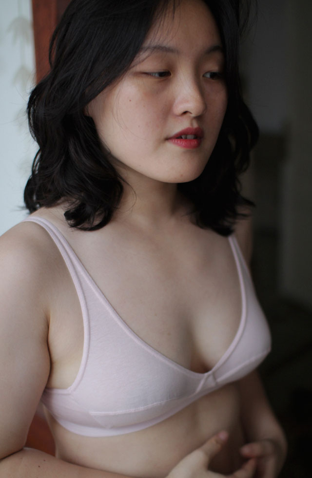 talk under light organic cotton and natural dye pink Mia bra