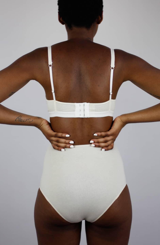 Body algodón orgánico Mia talk under light espalda